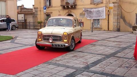auto d'epoca Castroreale.jpg 2