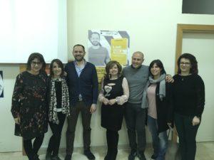 Alessandro Cacciato con Dirigente ed alcuni professori (1) (1)